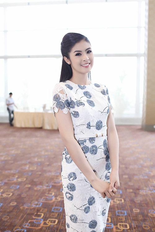 Ngọc Hân hoà mình vào cảnh sắc Thái Lan-12