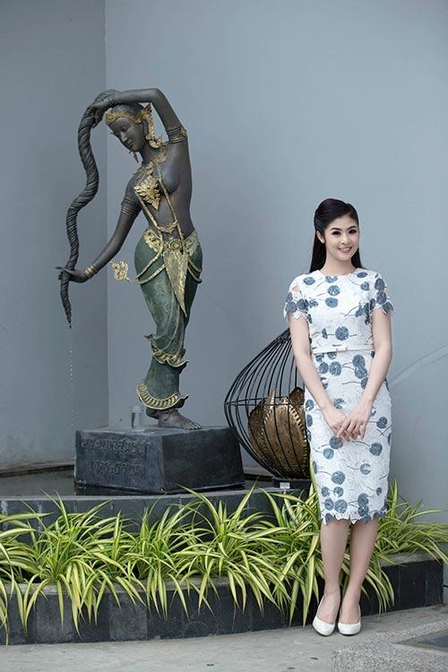 Ngọc Hân hoà mình vào cảnh sắc Thái Lan-1