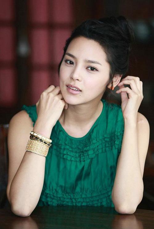 Cựu Hoa hậu Hàn sinh con gái đầu lòng - 1