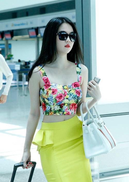 Ngọc Trinh, Thanh Hằng hoàn hảo ở sân bay-4