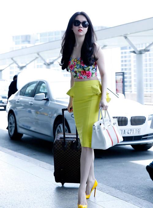 Ngọc Trinh, Thanh Hằng hoàn hảo ở sân bay-9