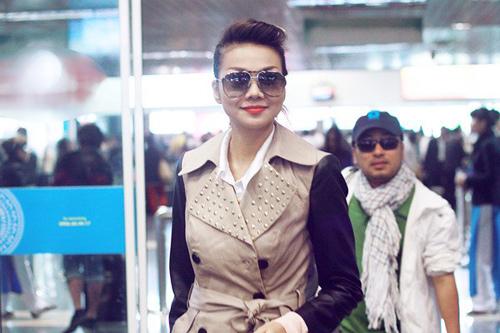 Ngọc Trinh, Thanh Hằng hoàn hảo ở sân bay-6