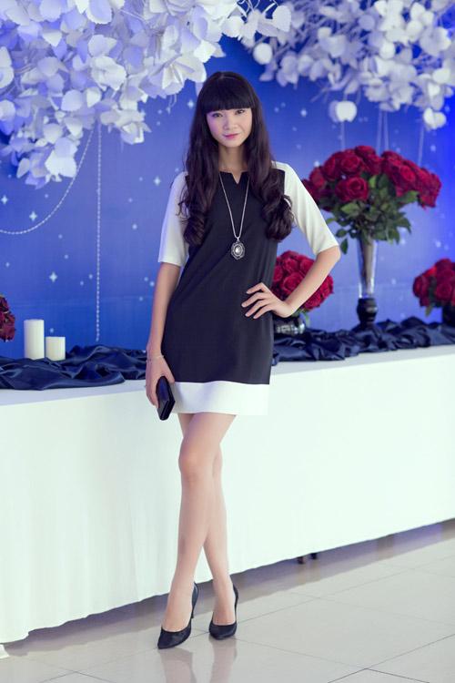Hà Anh xuyên thấu sexy bên Hạ Vy-8