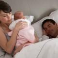 Làm mẹ - Buồn lòng vì chồng lười chăm con