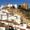 Thị trấn thời Trung Cổ xinh đẹp ở Tây Ban Nha