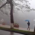 Tin tức - Hà Nội mưa lạnh, nhiệt độ xuống 24 độ C