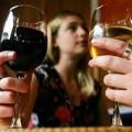 Sức khỏe - Ngăn trầm cảm bằng rượu vang