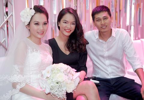 ngoc trinh khoe dang tai dam cuoi ngoc thach - 13