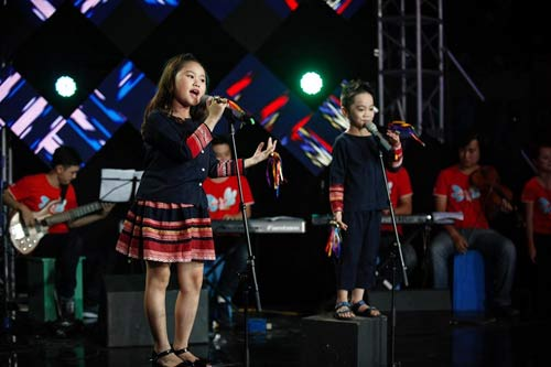 nhat minh, quoc thai dang quang drm 2013 - 4