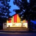 Nhà đẹp - Nhà bảy sắc cầu vồng vui mắt ở Sài Gòn