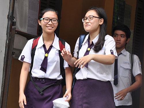 'cuoc dua' cua phu huynh dua con di thi dai hoc - 2