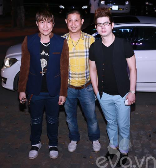 khanh phuong duoc fan nu hon tren san khau - 4