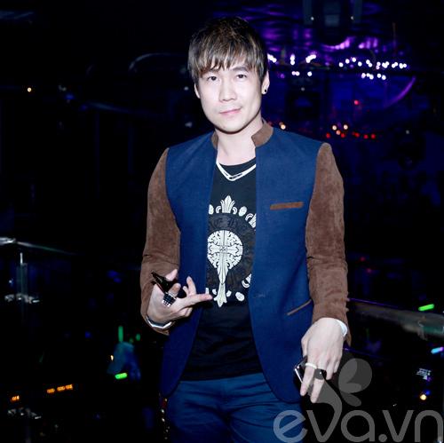 khanh phuong duoc fan nu hon tren san khau - 6
