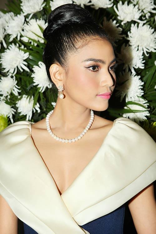 truong thi may lan dau khoe em gai - 9