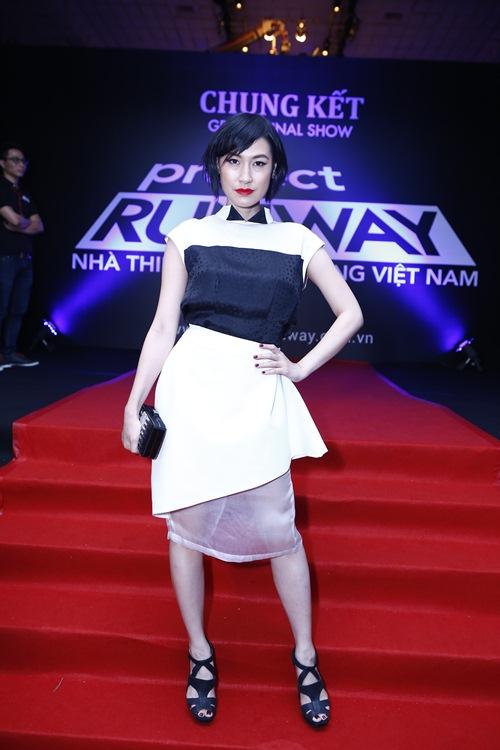 angela phuong trinh toa sang giua dan my nhan vbiz - 16