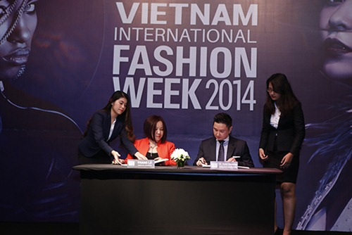 viet nam lan dau to chuc fashion week quy mo quoc te - 1