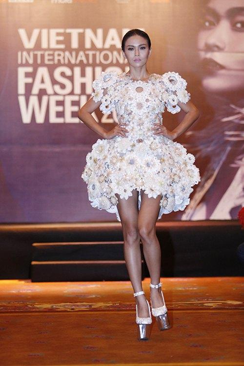 viet nam lan dau to chuc fashion week quy mo quoc te - 14