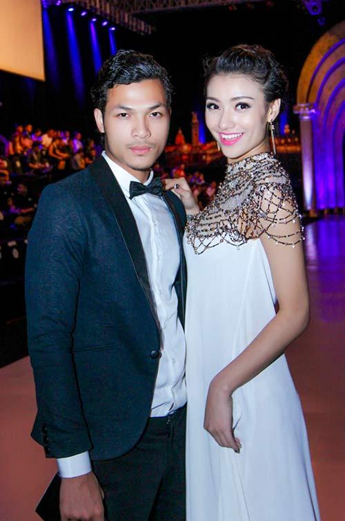 hong que sanh doi cung a quan next top model - 5