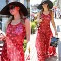 """Làng sao - Eva """"soi"""" 7/7:  Paris Hilton diện váy mỏng tang"""