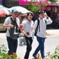 Tin tức - Hà Nội nắng nóng, oi bức trong kỳ thi đại học đợt 2