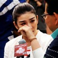 Làng sao - Huỳnh Dịch nức nở tái xuất sau scandal ly hôn