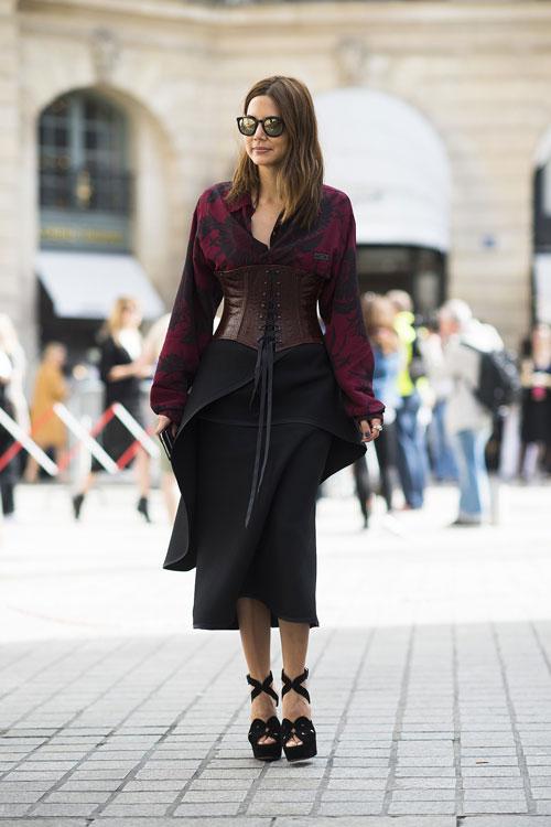 phong cach duong pho thu vi tai paris haute couture fw - 17