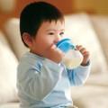 Làm mẹ - Lời đồn sai lầm về sữa cho trẻ nhỏ