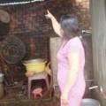 Tin tức - Tự tử vì bị nghi quay clip con gái riêng của vợ tắm