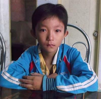 "xot xa nhung phu nu bi ban sang tq lam ""co may sinh con"" - 4"