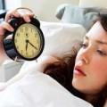 Sức khỏe - 5 đồ vật không nên để đầu giường