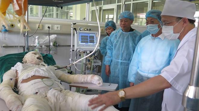 chua the tien luong suc khoe 3 chien si vu truc thang roi - 1