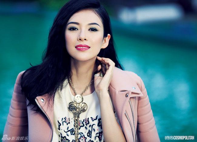 Chương Tử Di khoe những hình ảnh thời trang sang trọng trên Cosmopolitan số háng 8/2014