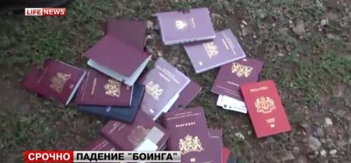 mh17 roi o ukraine: xac nguoi nam la liet tai hien truong - 19