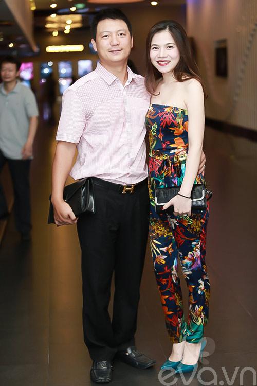 jennifer pham xinh dep di xem phim cung chong - 15