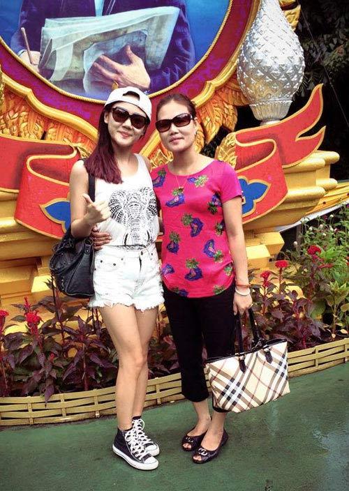 jennifer pham hanh phuc don con trai ve nuoc - 10