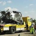 Tin tức - Đức: Xe bus đâm nhau, 52 người chết và bị thương