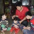 Tin tức - Lời đồn rùng rợn về gia đình có bốn con mang hình hài lạ