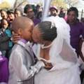 Tình yêu - Giới tính - Kì lạ: Chú rể 9 tuổi cưới cô dâu 62 tuổi
