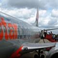 Tin tức - Jetstar thay đổi lịch trình vì… chim va vào máy bay