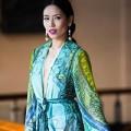 """Làng sao - Nguyễn Thị Loan """"táo bạo"""" với váy xẻ sâu"""