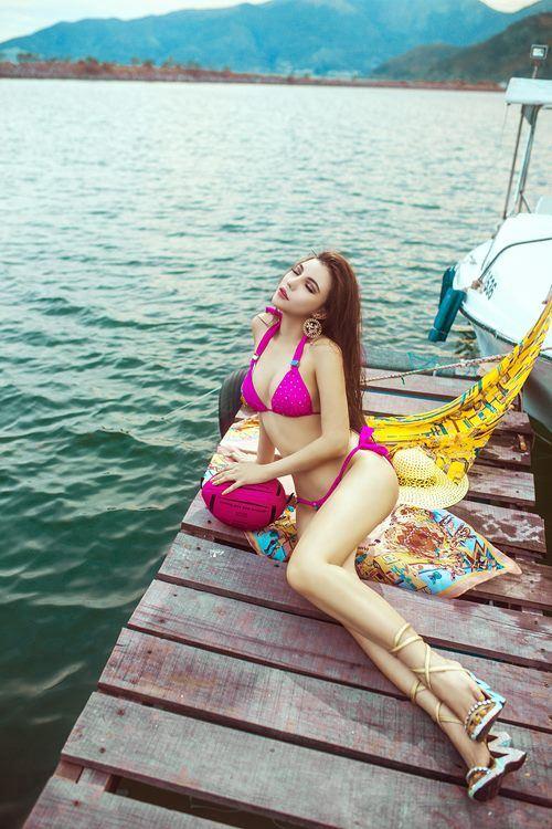 Diện bikini mùa hè đẹp như Jenny Nguyễn - 4