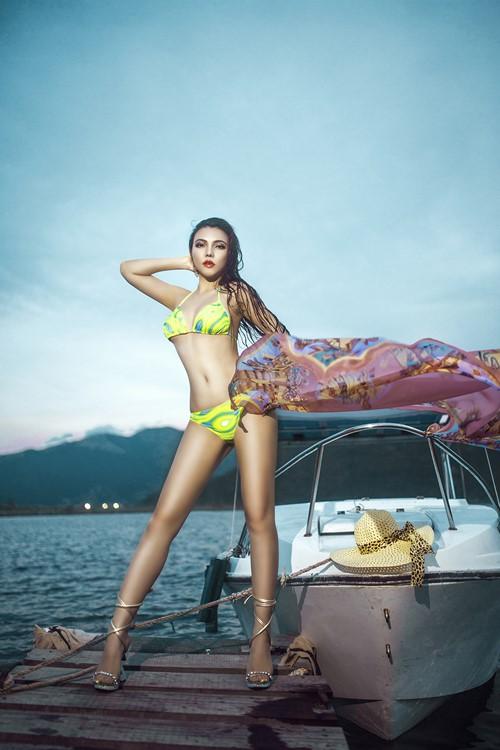 Diện bikini mùa hè đẹp như Jenny Nguyễn - 8