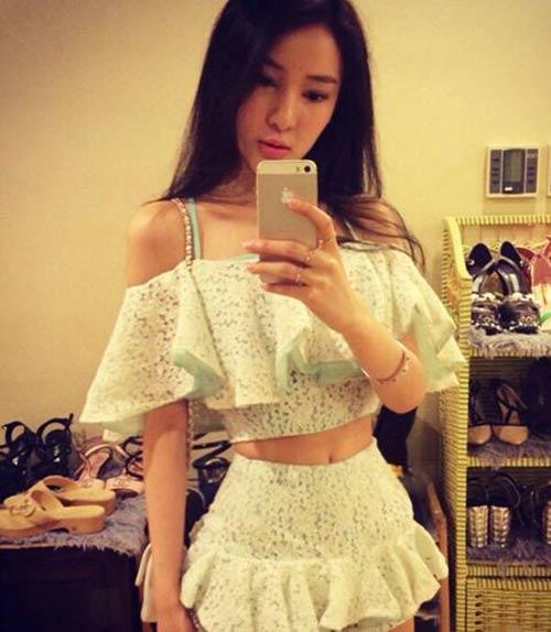 hot girl xinh dep thanh tham hoa vi 'dao keo' - 5