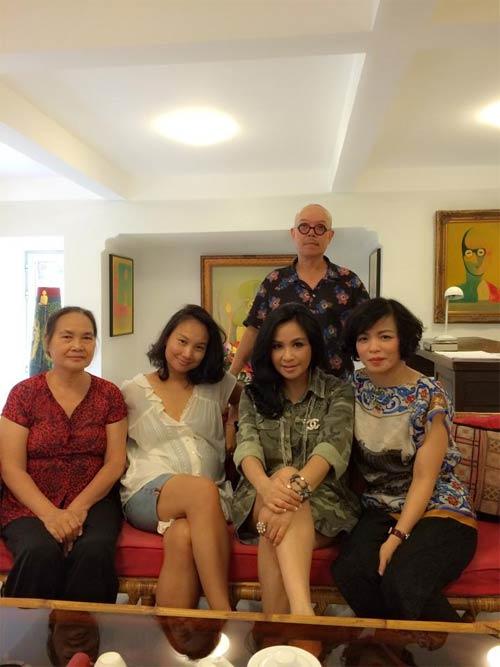 jennifer pham hanh phuc ben chong sau gio dien - 6