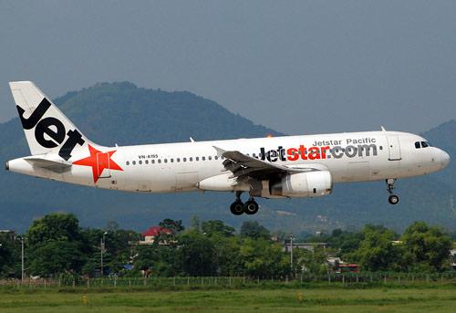 mat lien lac 4 phut, may bay jetstar phai ha canh lan 2 - 1
