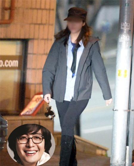 """bae yong joon bi gia dinh ban gai """"xem thuong"""" - 2"""