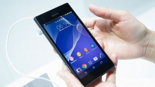 5 smartphone tam trung thiet ke dep nhat tai viet nam - 3