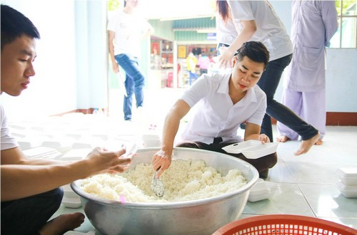 ai phuong, nguyen khang gian di dong hanh - 5