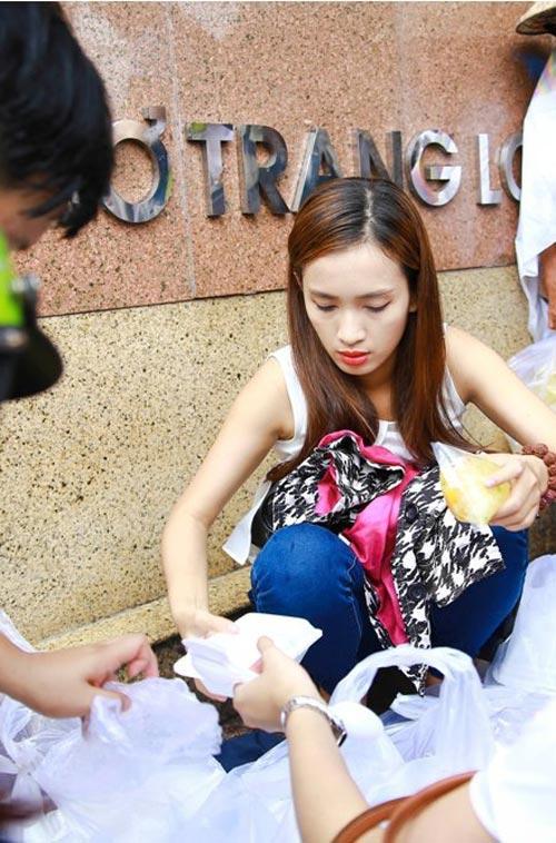 ai phuong, nguyen khang gian di dong hanh - 3