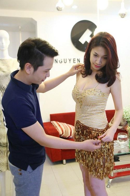 pha le boc lua giua bao scandal giat chong - 11